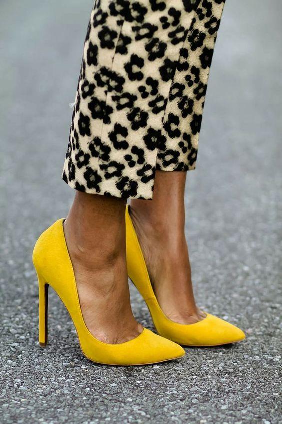 Chaussures jaune