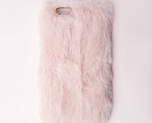 Coque iPhone girly avec fourrure