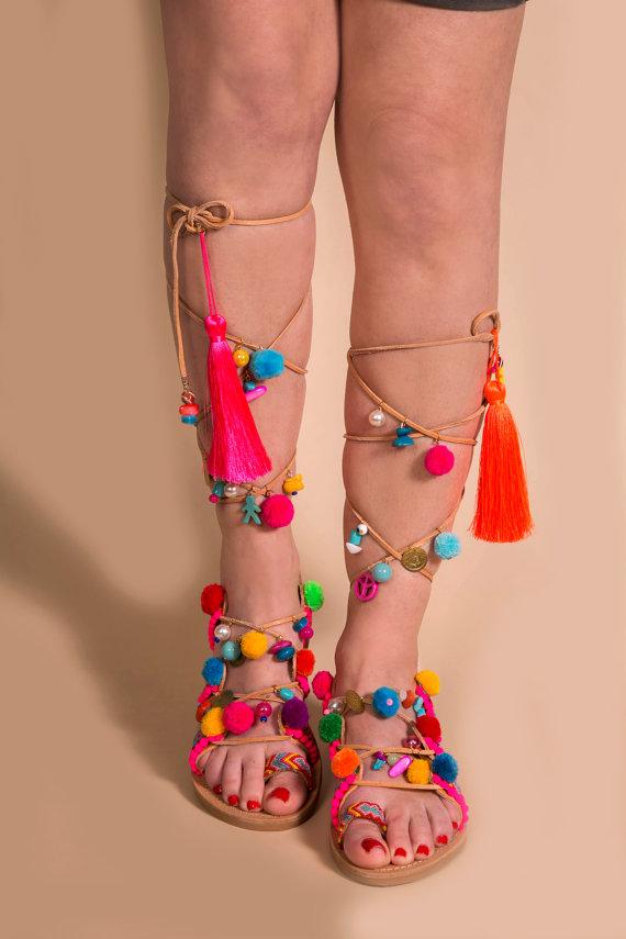 sandals pom pom