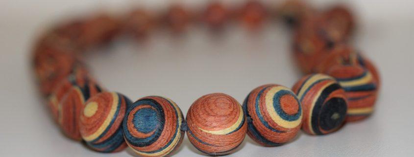 collier en bois